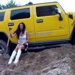 carstuckgirls_com003