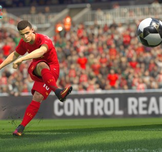 pes2017-lfc-jointlogo-announcement-action-01_1471340325