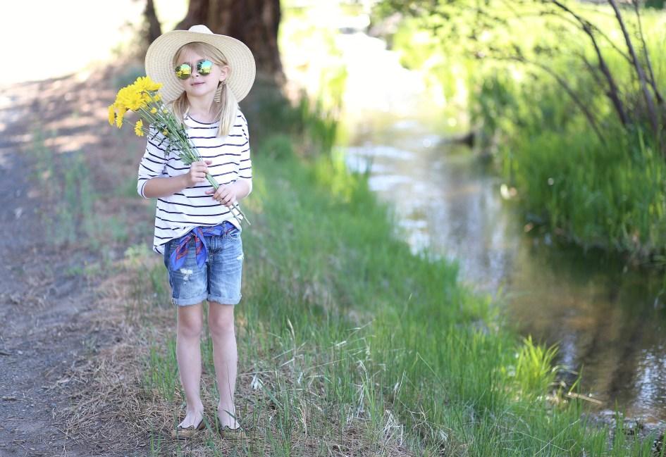 Flower Strollin' 12a