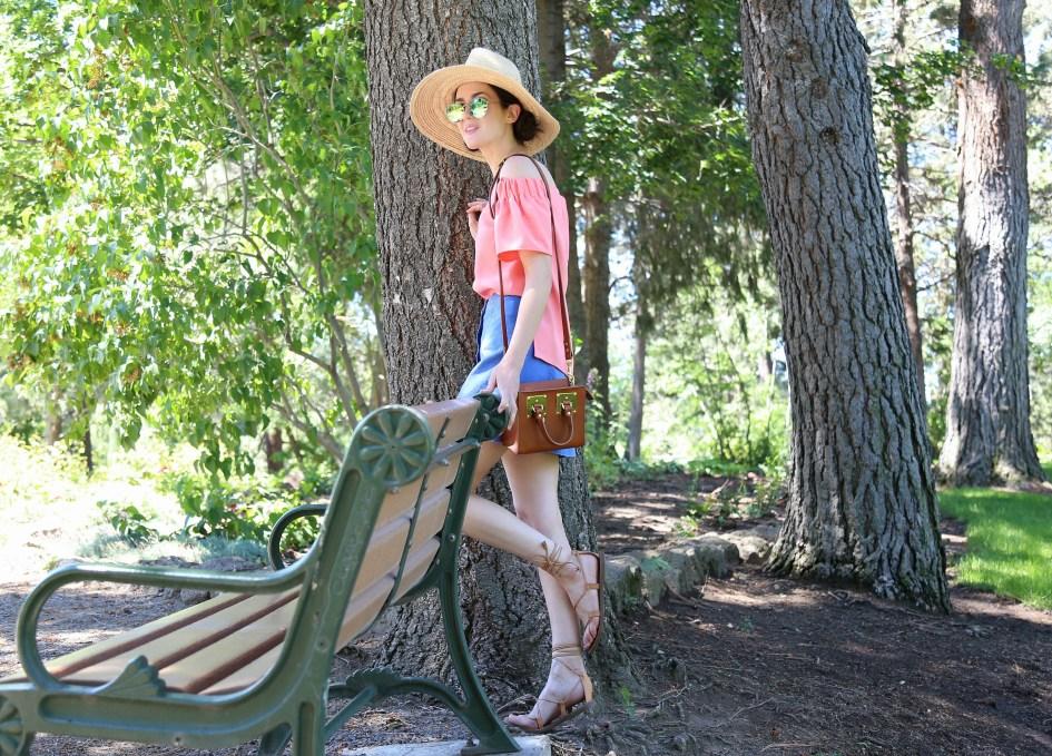 Pink Pom Hat 4b