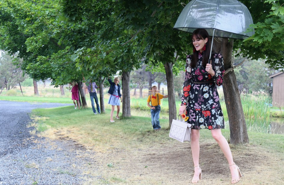 Rainy Sunday Best with Donna Morgan + Welden Bags 4a