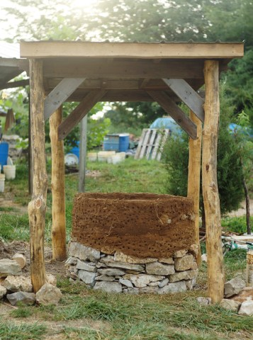 Outdoor Cob Oven: Completed Foundation