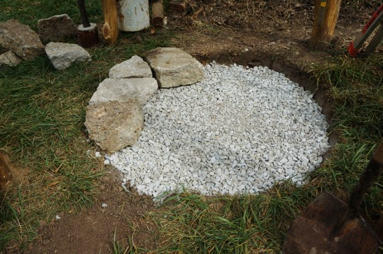 Outdoor Cob Oven: Drainage