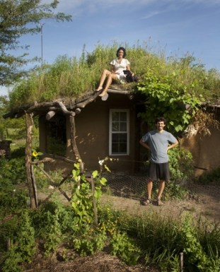 Gobcobatron: Cob House South Exterior