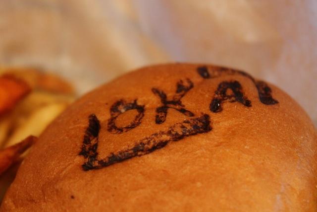 Lokal branded buns