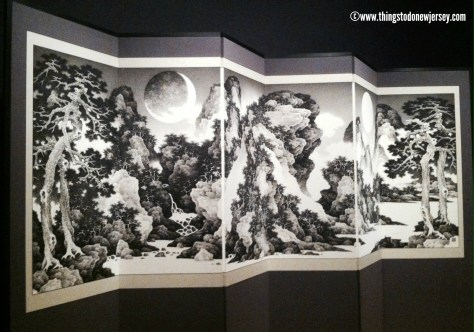 Japanese folding screen at Princeton University Art Museum | find out more at www.thingstodonewjersey.com | #nj #newjersey #princeton #princetonuniversity #mercercounty #art #museums #free #asianart