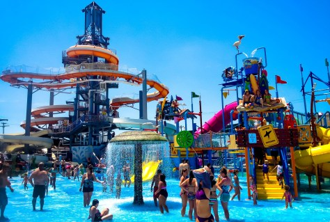 Cool off at New Jersey's waterparks this summer! |nj waterparks | new jersey waterparks | waterparks in nj | waterparks in new jersey