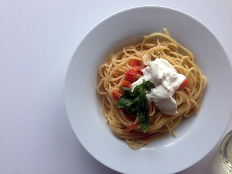 one-pot tomato burrata pasta