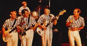 Beach Boys singing