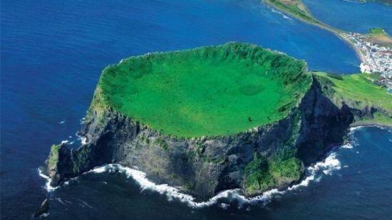 Most Astonishing Natural Wonders - Jeju