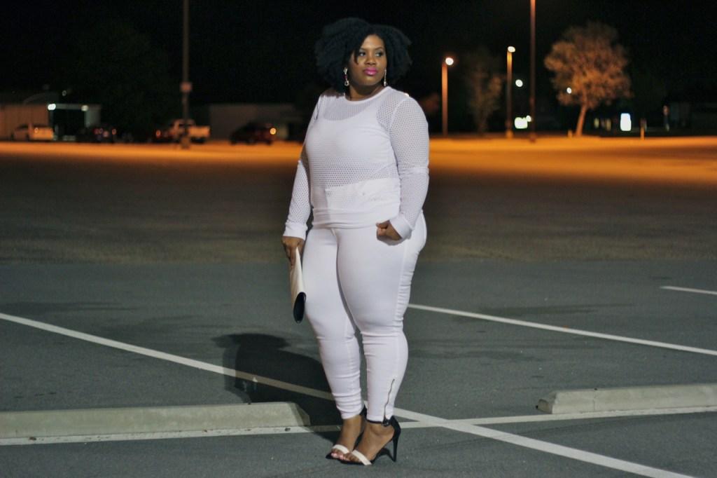 Fashion taboos, Naturally Fashionable all white, Plus Size, Fashion, Plus Size Fashion, Plus Size Bloggers, Plus Size, Glamour Magazine, Style, Style blog, Curvy, Curvy Fashion, Wearing white, Prints, Stripes, Curvy Girl Chic, Trendy Curvy, Nicolette Mason, Gabifresh