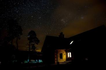 Starry night over Thistle Dhu B&B