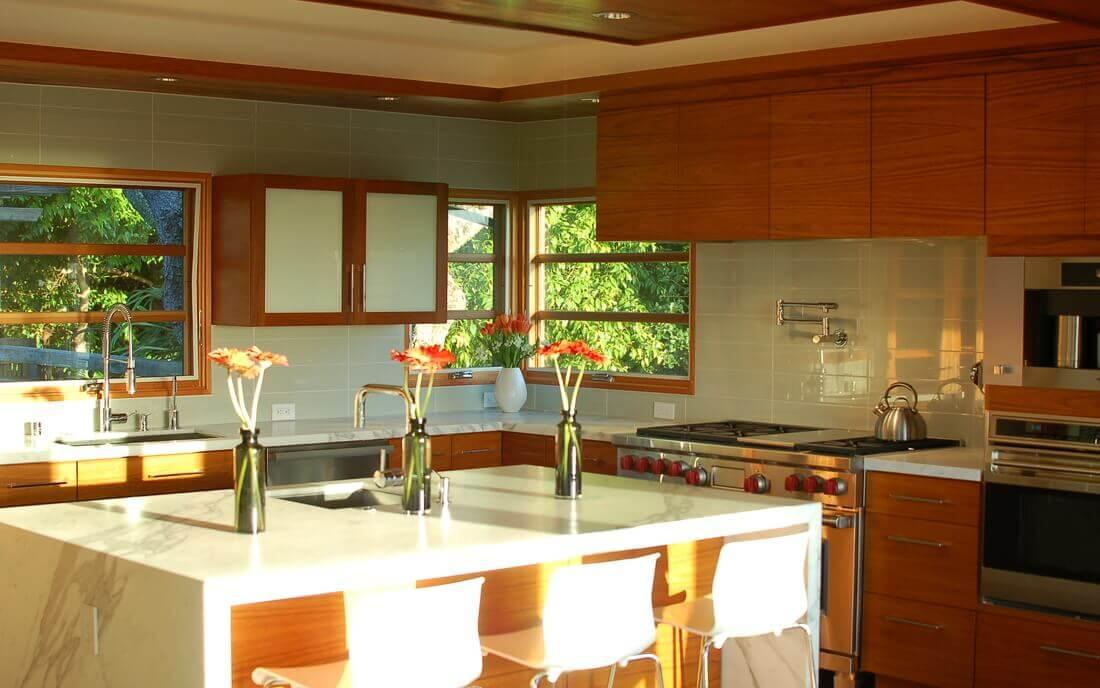 Kitchen photo in Bret Harte Heights