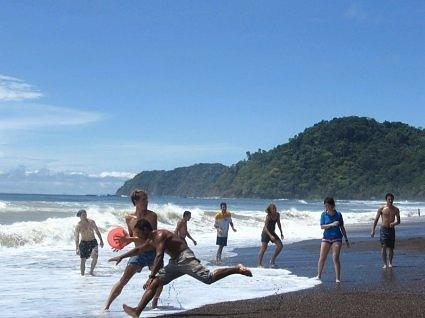 Ultimate Frisbee in Jaco Beach, Costa Rica