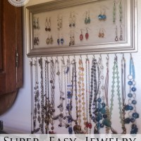 Super Easy Jewelry Storage