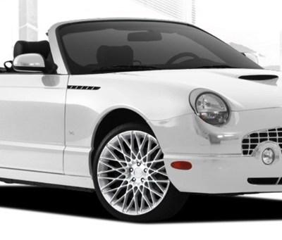 White 'Citrine' Wheels on 'Whisper White' Thunderbird