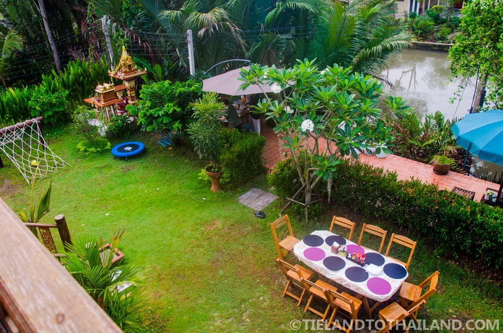 Baan Suan Krua garden dining area