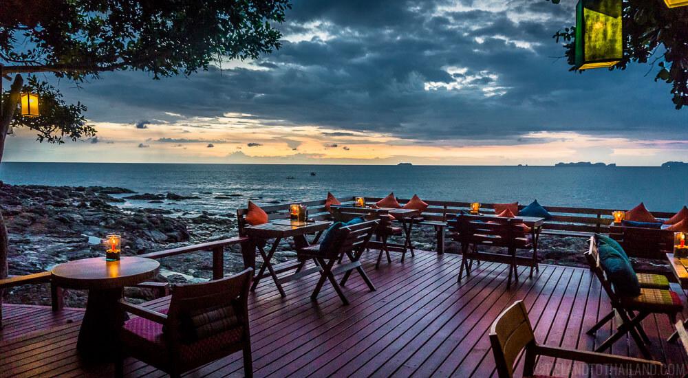 Crown Lanta's Reggae Bar sunset view