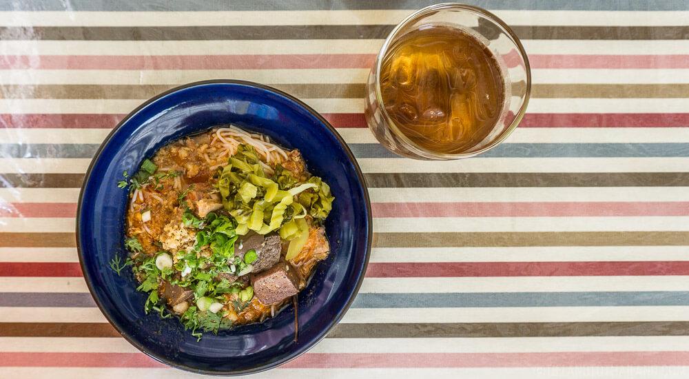 Northern Thai food: Kanom Jeen Nam Ngieow