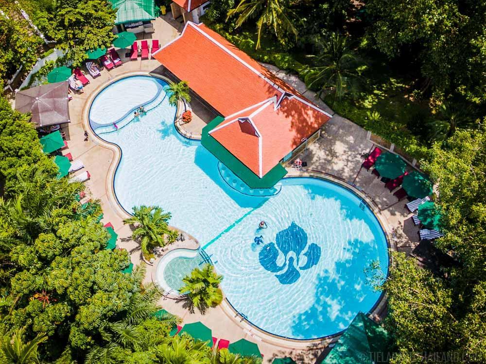 Royal Orchid Sheraton Swimming Pool