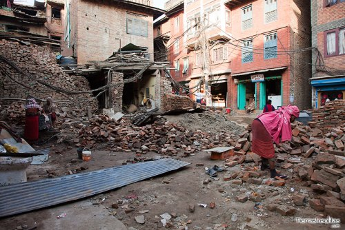 viviendas destrozadas por el terremoto