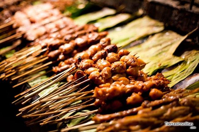 pinchos en el mercado nocturno vientiane