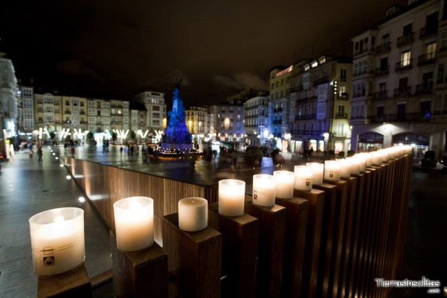 Plaza de la Virgen Blanca Navidad en Vitoria