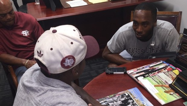 Texas Southern Tigers Track and Field Graduate Assistant Coach Demetrious Williams sat down for a Q&A with Marcus Smith for TSUSports.com …read more Source:: TSUSports.com Related posts: No related posts.