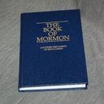 Bk_Mormon_Blue_HC_detail