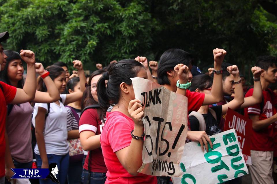 UP students continue call to 'Junk STS'