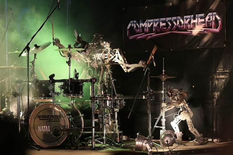 compressorhead-robot-band-vocalist-6