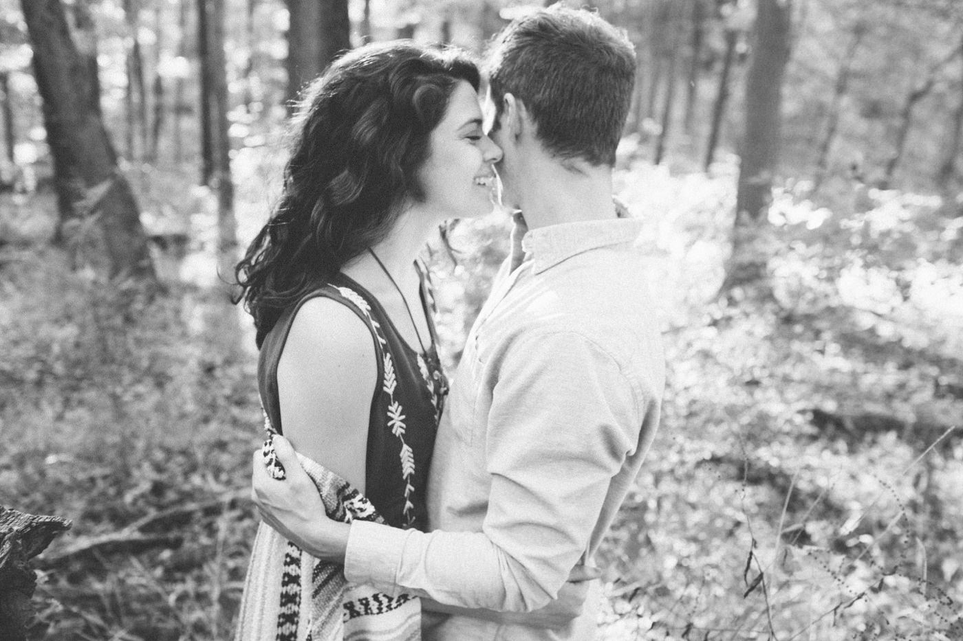 Tire Swing Photography | Cincinnati Ohio Woodland Forest Engagement session_0034