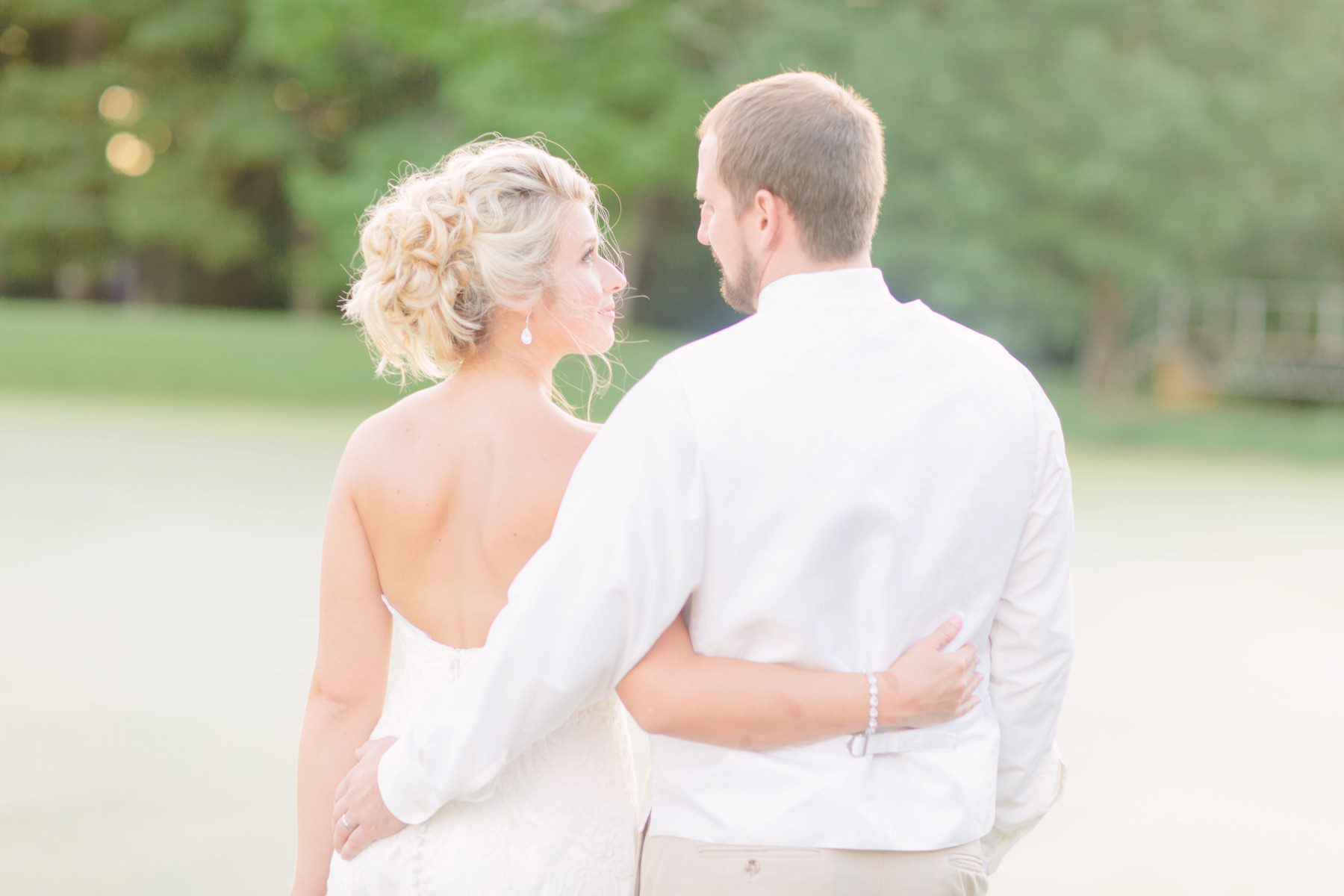 Tire Swing Photography | Timeless Charm Wedding | Camden, Ohio 33