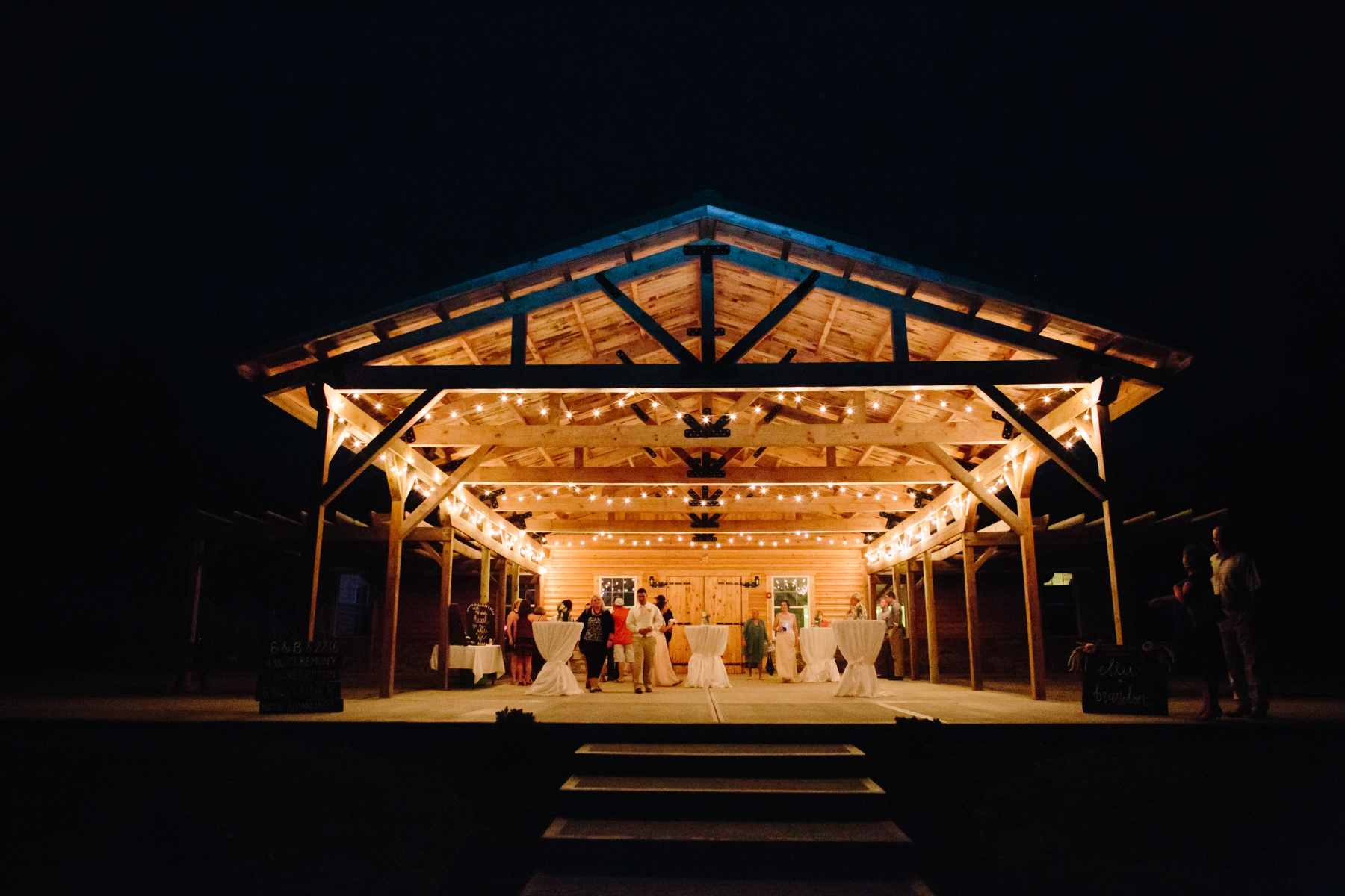Tire Swing Photography | Timeless Charm Wedding | Camden, Ohio 44