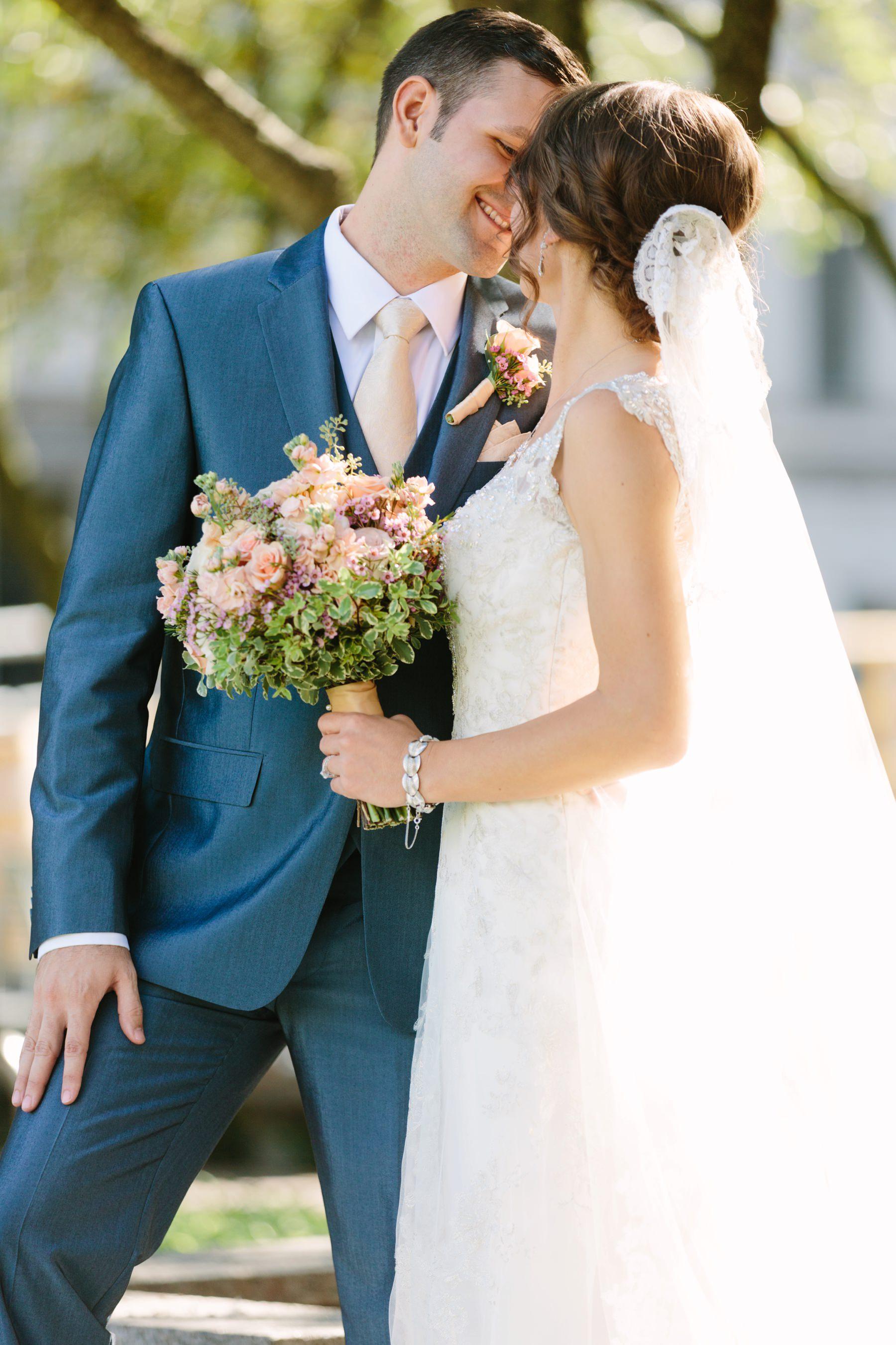 Tire Swing Photography | SP&G Gardens | Downtown Cincinnati Wedding Photographers_0044