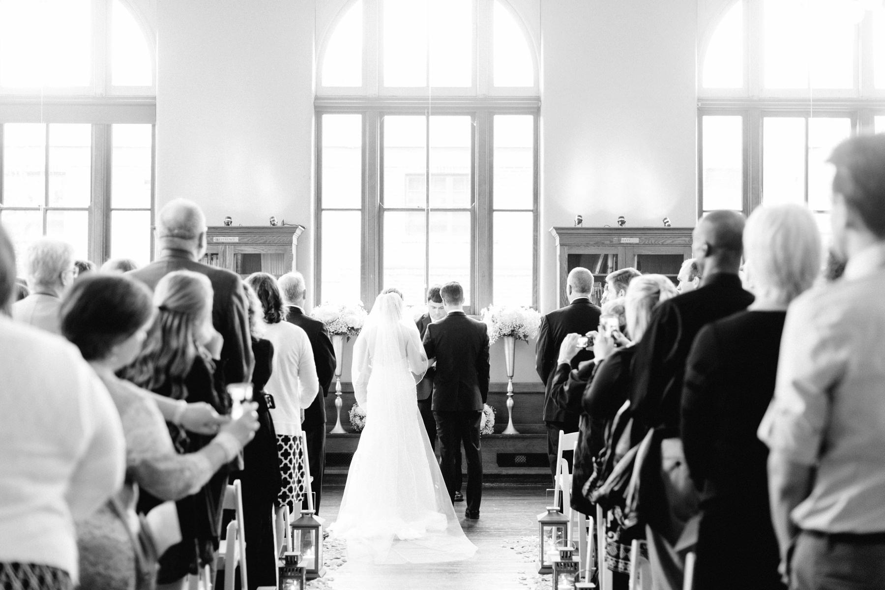 Tire Swing Photography | Carnegie Center of Columbia Tusculum Wedding_0021