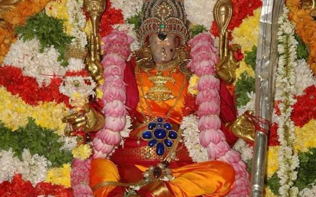 Madurai Meenakshi In Raja Rajeswari Alankaram During The Navratri Celebrations