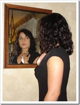 Mirándose en el espejo