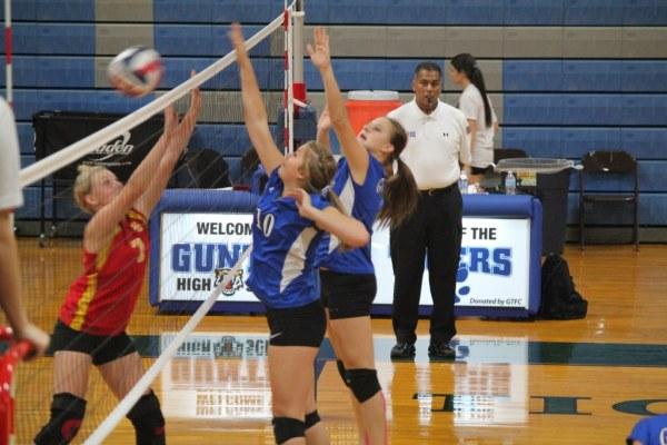 Gunter girls volleyball
