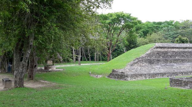 zona-arqueologica-tajin10
