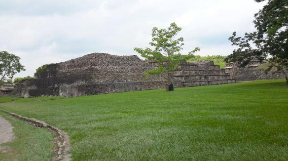 zona-arqueologica-tajin16