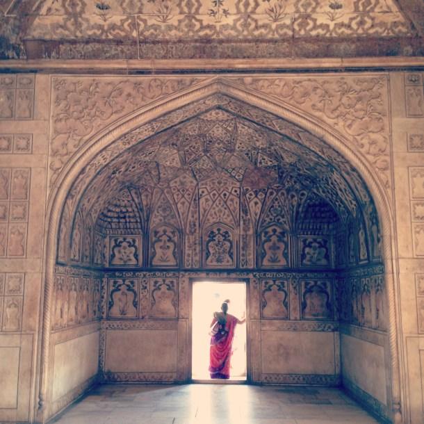Red Fort Agra Sari