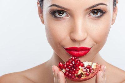 pomegranate for skin