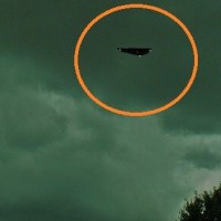 Triangle UFO Over Ontario, Canada