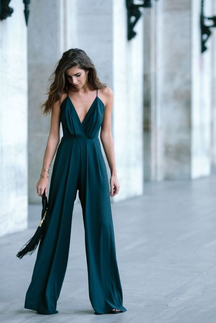 Top 10 Valentine's Day Outfit Ideas - Jumpsuit
