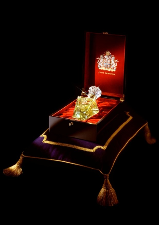 clive-christian-no-1-perfume-imperial-majesty-edition-in-box