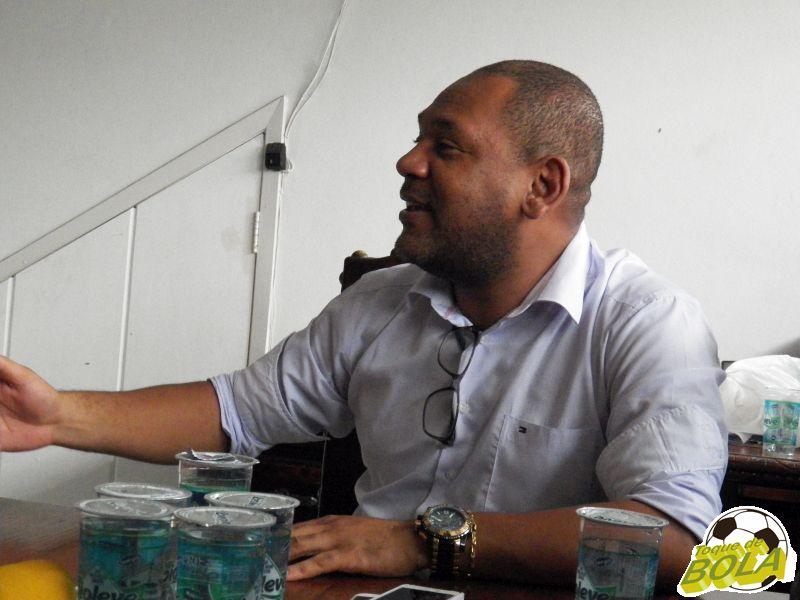Entrevista: VP do Conselho Gestor do Tupi fala de Leston, elenco, salários atrasados e reformas em CT