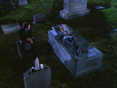 Buffy the Vampire Slayer, Conversations With Dead People