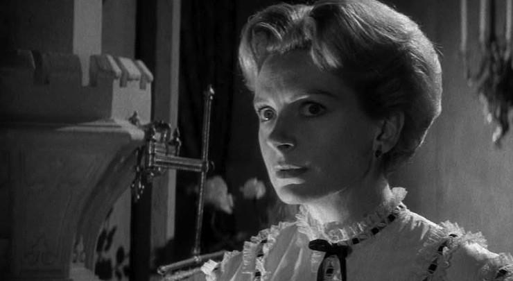 Deborah Kerr in The Innocents (1961), based on The Turn of the Screw