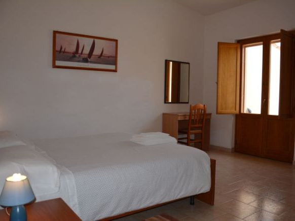 camera albergo cropani, double room hotel